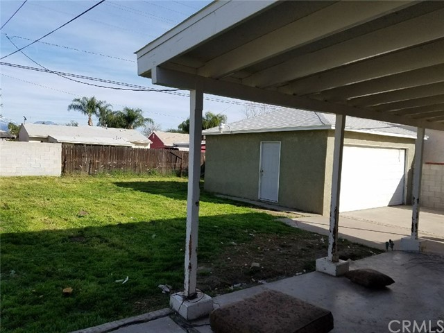Single Family Home for Sale at 1401 Valencia Avenue San Bernardino, California 92404 United States