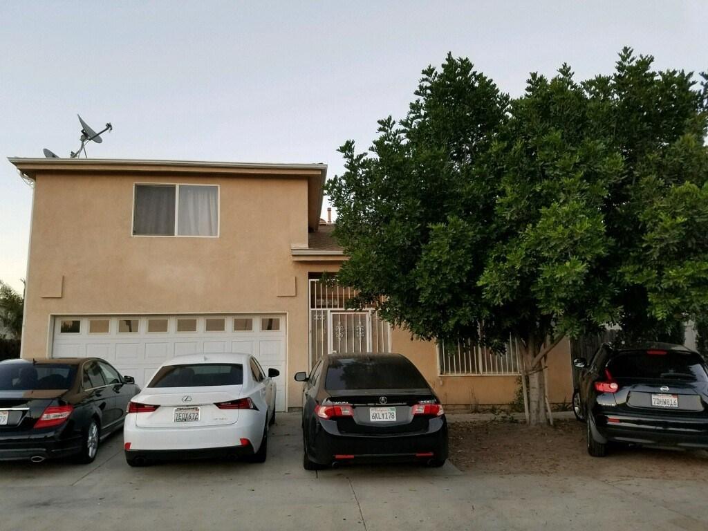 独户住宅 为 销售 在 9028 Telfair Sun Valley, 91352 美国