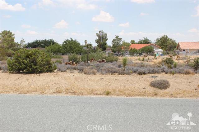0 San Diego Drive, Yucca Valley CA: http://media.crmls.org/medias/4bcc99e1-4074-4703-8d30-98db6ce0559f.jpg