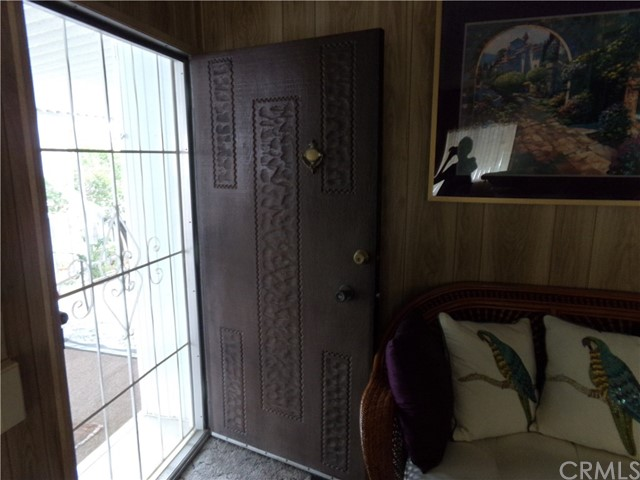 54999 Martinez Trail, Yucca Valley CA: http://media.crmls.org/medias/4be349cd-e72f-4ff5-a3d9-fcd947f3d2fa.jpg