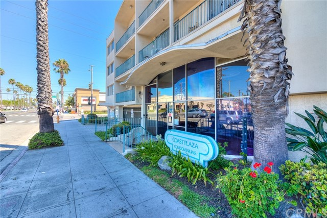 1770 Ximeno Avenue, Long Beach, CA 90815