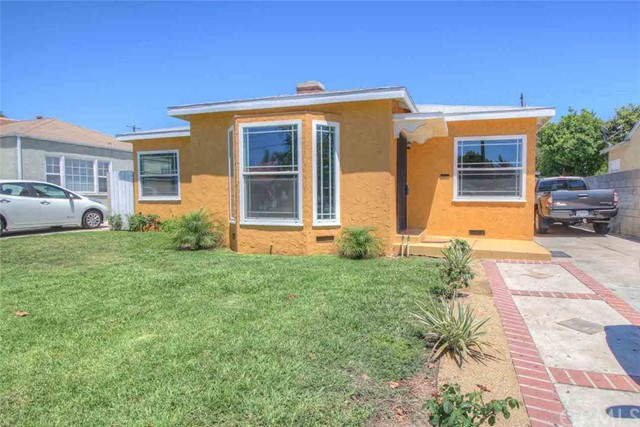 Single Family Home for Sale at 1229 Flower Street S Santa Ana, California 92707 United States