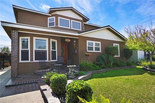 3716 Allred Street, Lakewood CA: http://media.crmls.org/medias/4bf819bf-7d33-4bd0-ac6e-7c5c99f6a594.jpg