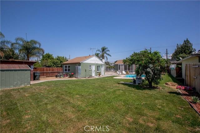 4146 Van Buren Boulevard, Riverside CA: http://media.crmls.org/medias/4bfb6117-906d-4648-976a-ef87e94921d2.jpg