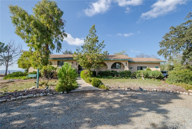 Property for sale at 725 Redondo Lane, Templeton,  CA 93465