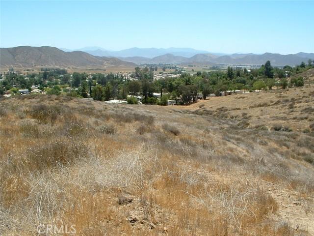 0 74hwy, Homeland CA: http://media.crmls.org/medias/4c20f453-d174-4f1f-97dc-80c698e429ed.jpg