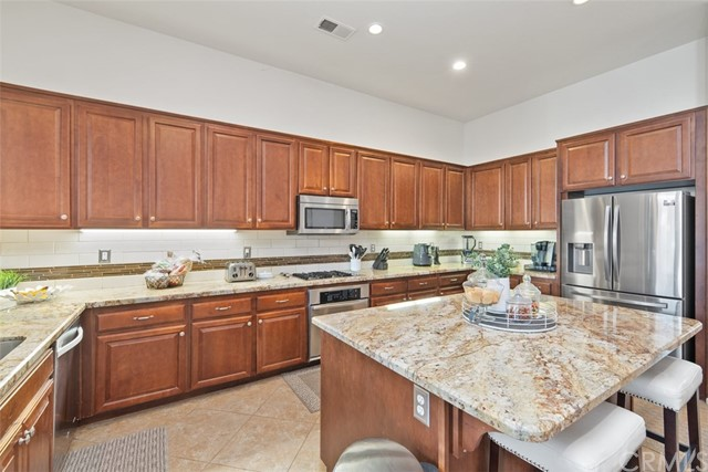 31590 Waterfall Way, Murrieta CA: http://media.crmls.org/medias/4c364c09-360b-42b3-95f4-f64f825839f8.jpg