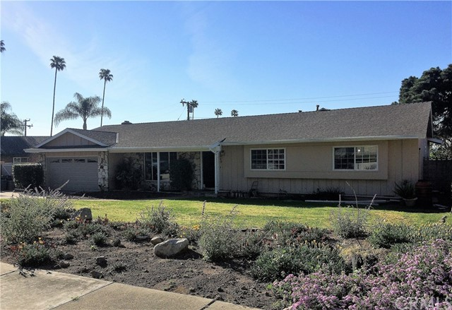 Single Family Home for Rent at 1040 Coronet Street Glendora, California 91741 United States