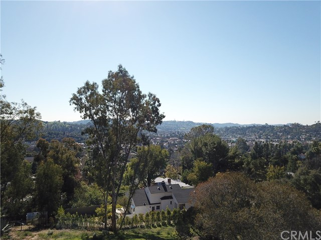 5342 N Highland View Place, Eagle Rock CA: http://media.crmls.org/medias/4c4301df-6d77-44ed-98f9-c828def8fa4f.jpg