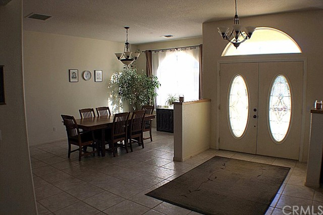 Additional photo for property listing at 8843 San Diego Drive  Yucca Valley, California 92284 United States