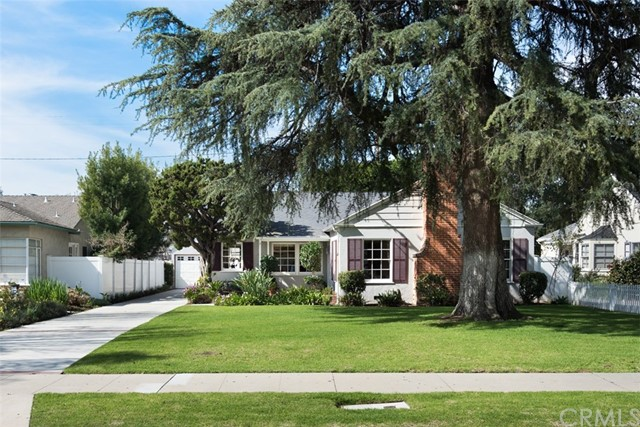 Single Family Home for Sale at 2014 Flower Street N Santa Ana, California 92706 United States