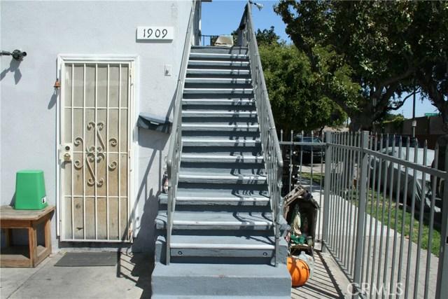 1241 W 19th St, Long Beach, CA 90810 Photo 9