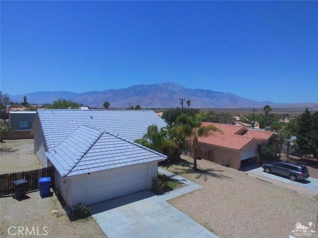 66029 Avenida Barona, Desert Hot Springs CA: http://media.crmls.org/medias/4c54be9d-565f-44ef-877c-feb8efe2f1b1.jpg