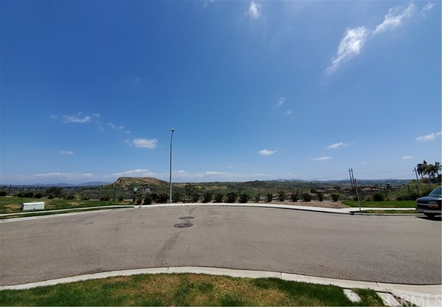 4115 Peninsula Drive, Carlsbad CA: http://media.crmls.org/medias/4c55b765-b477-434e-b4ef-9fed8b706c15.jpg