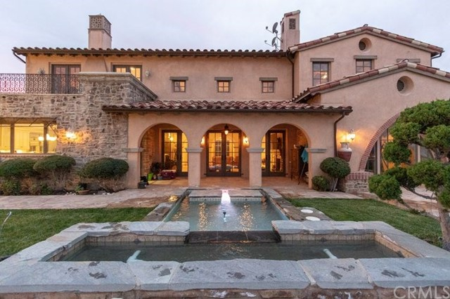 25381 Oakview Estate Drive, Stevenson Ranch CA: http://media.crmls.org/medias/4c78bb59-d73b-4153-be15-9980d7bd41c9.jpg
