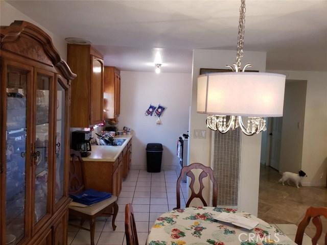 119 Cordova Street, Oxnard CA: http://media.crmls.org/medias/4c7cdd2c-147c-45c9-8793-fe1b58a2d3db.jpg