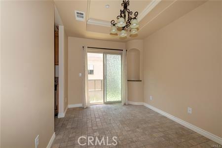 56 S Craig Avenue, Pasadena CA: http://media.crmls.org/medias/4c8e16be-4d37-4eee-837c-7f9610b34665.jpg