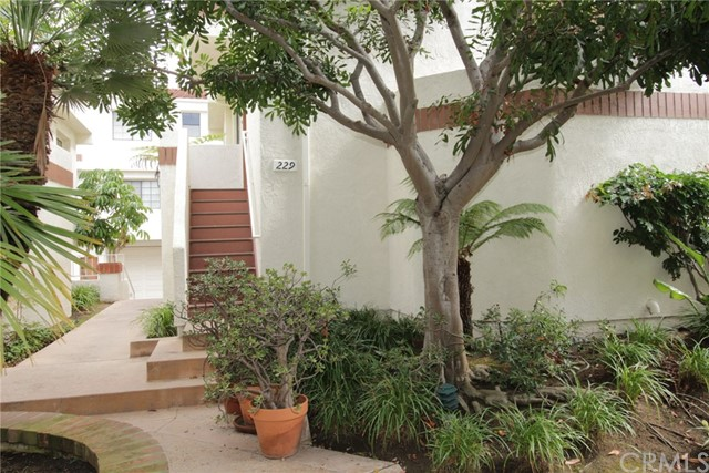 2971  Plaza Del Amo, Torrance in Los Angeles County, CA 90503 Home for Sale