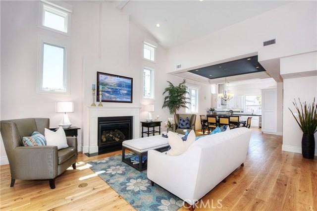 Condominium for Sale at 309 Goldenrod Avenue Corona Del Mar, California 92625 United States