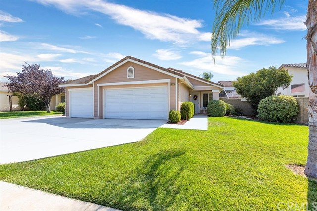 Photo of 36764 Red Oak Street, Winchester, CA 92596