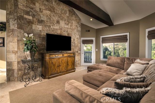 15929 Oak Tree, Chino Hills CA: http://media.crmls.org/medias/4cb136c8-ac39-4334-9695-823cfb7b27f4.jpg