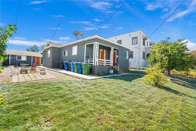 1042 Hyperion Avenue, Los Angeles CA: http://media.crmls.org/medias/4ccb92c1-abfc-473c-9c1d-e8c94a45cb40.jpg