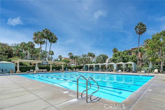 6400 Crescent Park E, Playa Vista CA: http://media.crmls.org/medias/4ccc3281-c7d0-4f58-8678-46c8f20e60e8.jpg