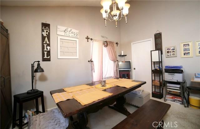 4655 Song Lane, Santa Maria CA: http://media.crmls.org/medias/4cd3d197-703c-404e-a170-7ba65aa98b61.jpg