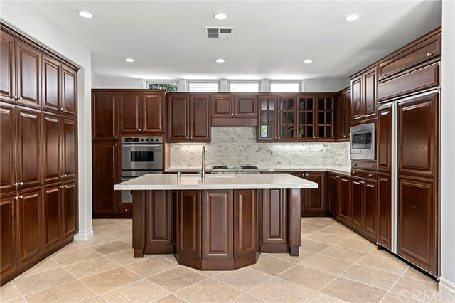 40 Crooked Stick Drive , CA 92660 is listed for sale as MLS Listing NP18175170