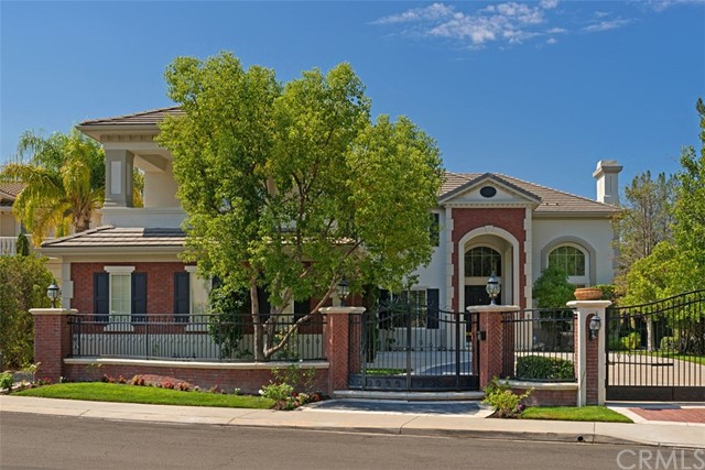 2 Fremont Lane , CA 92679 is listed for sale as MLS Listing OC18099270