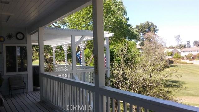 31258 Emperor Drive, Canyon Lake CA: http://media.crmls.org/medias/4cf4309d-1b00-4d9d-92ea-7d881b6119f3.jpg