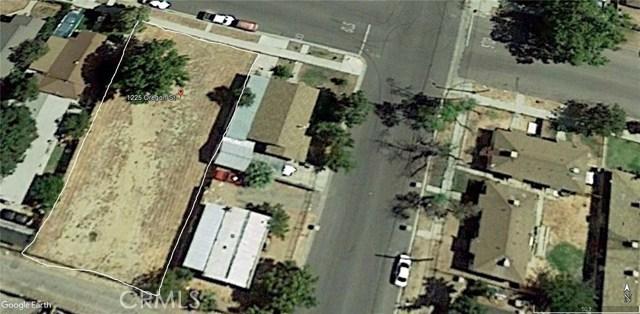 1225 Oregon Street, Bakersfield CA: http://media.crmls.org/medias/4cf776c3-8270-438e-ba91-0d59c027b462.jpg
