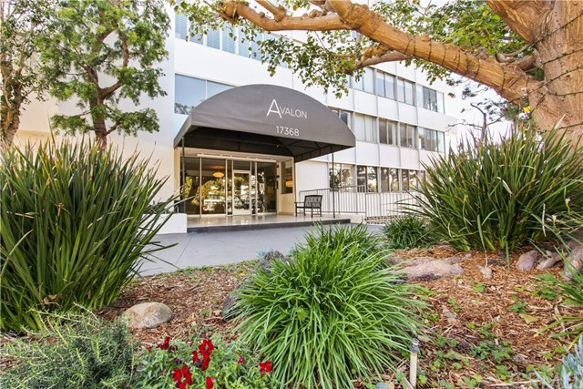 Photo of 17368 W Sunset Boulevard #301, Pacific Palisades, CA 90272