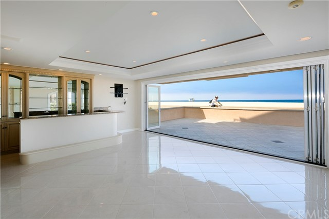 542 The Strand Hermosa Beach, CA 90254 - MLS #: SB17074320