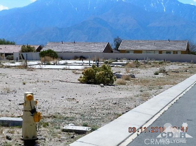 0 Bald Eagle Lane, Desert Hot Springs CA: http://media.crmls.org/medias/4d025369-92cb-4749-ab93-1efde5378542.jpg