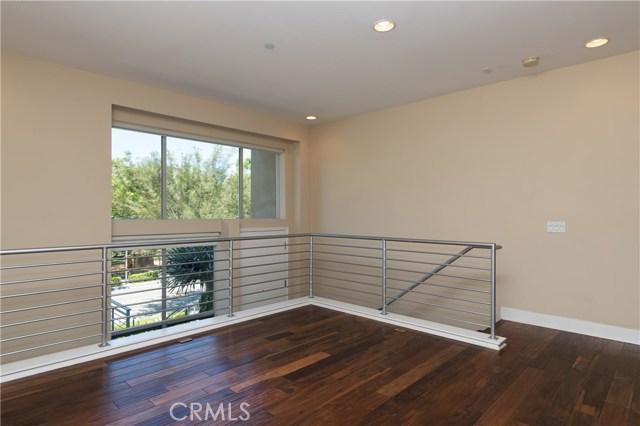 806 Rockefeller, Irvine, CA 92612 Photo 2