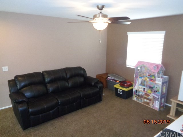 32501 Sprucewood Way, Lake Elsinore CA: http://media.crmls.org/medias/4d09fc3c-9735-44ea-be41-87a0d246fe38.jpg