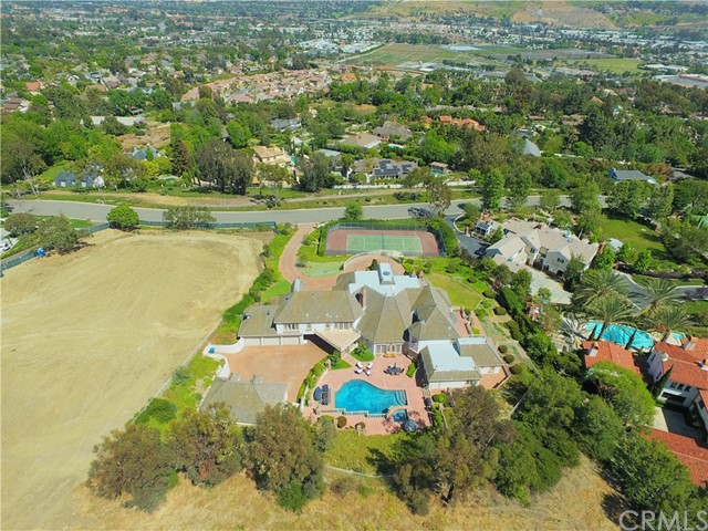 Additional photo for property listing at 32171 Peppertree Bend  San Juan Capistrano, California 92675 United States