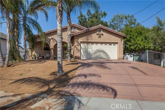 5960 Robinson Avenue, Riverside CA: http://media.crmls.org/medias/4d18d16e-fcf0-4a87-9a83-25257a931d06.jpg