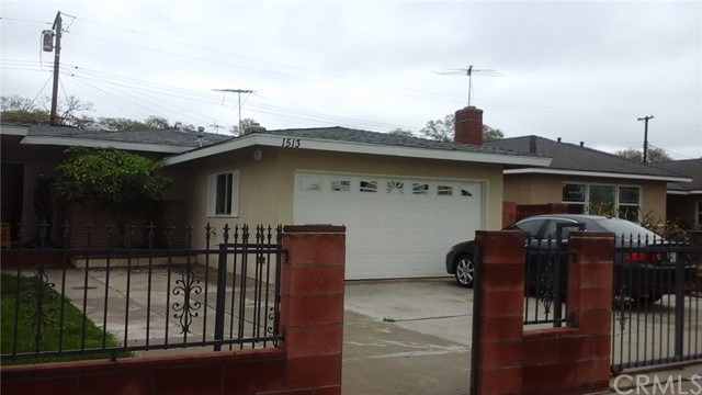 Single Family Home for Sale at 1513 Woodland Place S Santa Ana, California 92707 United States