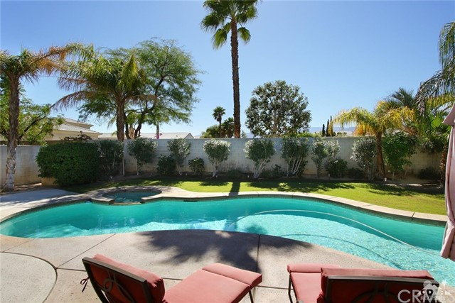 47 Provence Way Rancho Mirage, CA 92270 is listed for sale as MLS Listing 216029328DA
