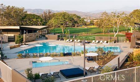116 Spectacle, Irvine CA: http://media.crmls.org/medias/4d2c1b96-f414-489a-a20d-2de4677303c1.jpg