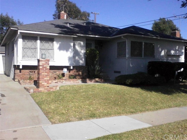 10953 Penney Avenue Inglewood, CA 90303 is listed for sale as MLS Listing PW16117608