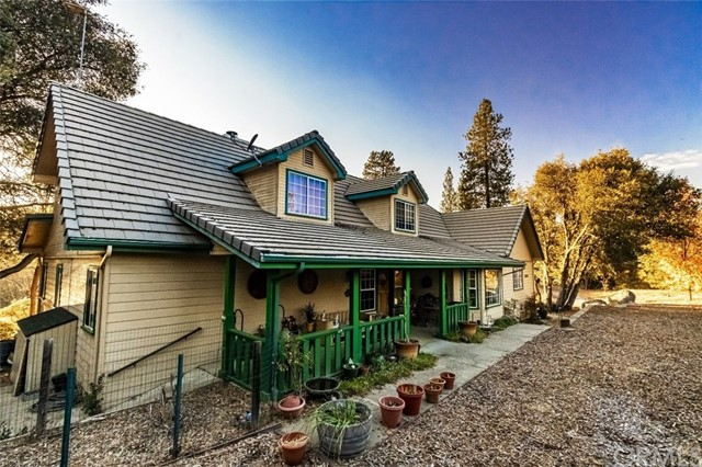 40328 River View Place, Oakhurst, CA, 93644