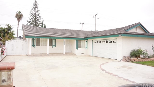 Single Family Home for Rent at 10362 Mast Avenue Westminster, California 92683 United States