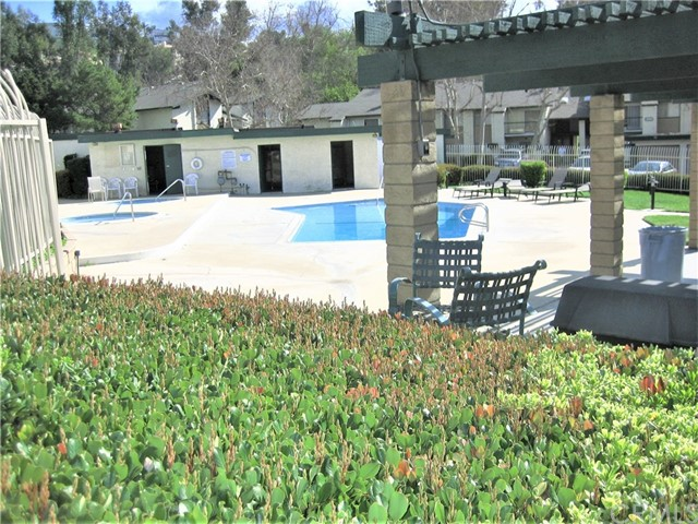 2310 S Diamond Bar Boulevard, Diamond Bar CA: http://media.crmls.org/medias/4d3e1c31-e23f-4f6e-8b51-c5713de9721c.jpg
