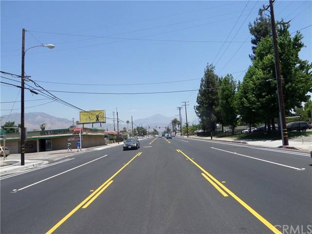 25619 Base Line Street Highland, CA 92410 - MLS #: WS17139182