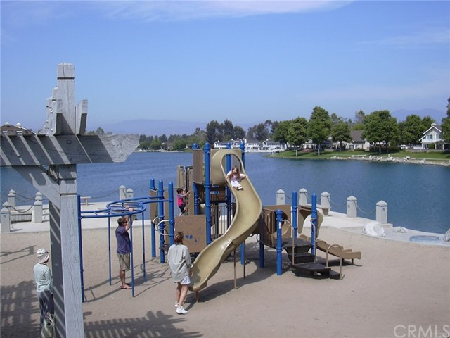 89 Pinewood, Irvine, CA 92604 Photo 44