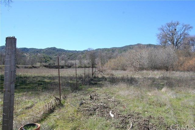 5360 Scotts Valley Road, Lakeport CA: http://media.crmls.org/medias/4d508823-f5b0-4a2c-af16-739d5668ca89.jpg