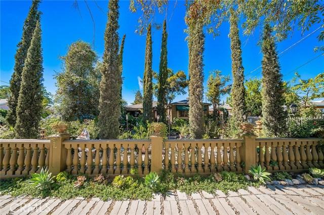 10871 Olinda Street, Sun Valley CA: http://media.crmls.org/medias/4d622b1c-6958-4991-acf3-ce52f3446bb2.jpg